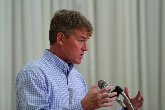 Attorney General and 2016 gubernatorial candidate Chris Koster (D).