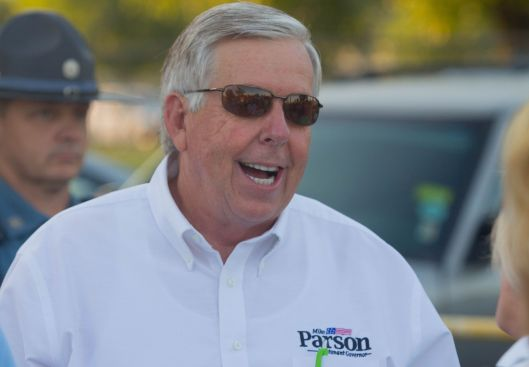Mike Parson (r) [2016 file photo].
