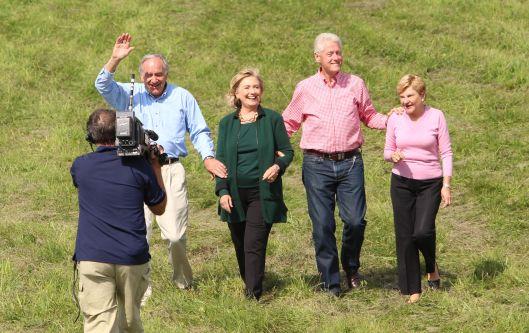(left to right) Tom Harkin, Hillary Clinton, Bill Clinton, Ruth Harkin [2014 file photo].